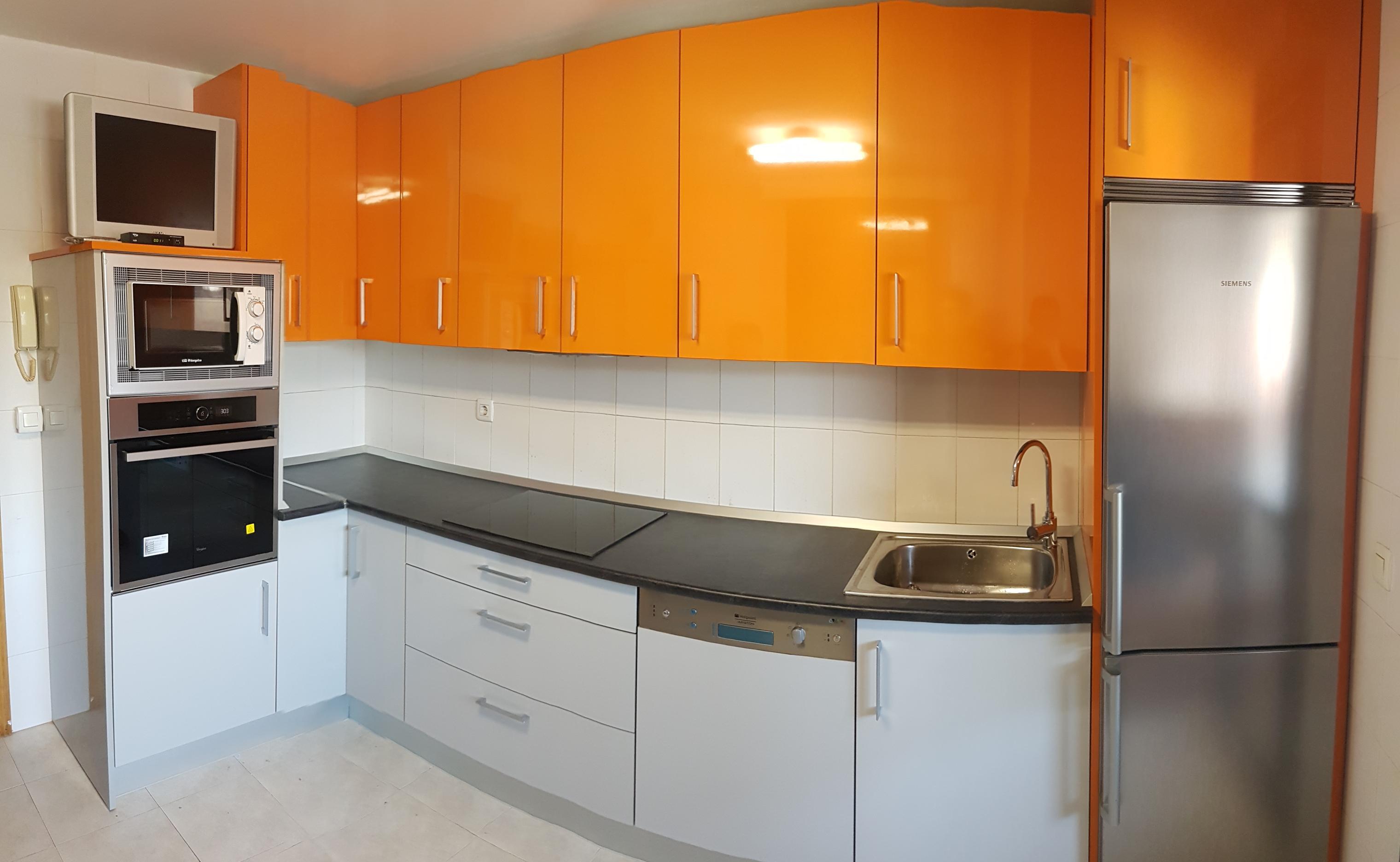 Cocina Naranja Gris Vera Bidasoa Cocinas Zurione # Muebles Bidasoa